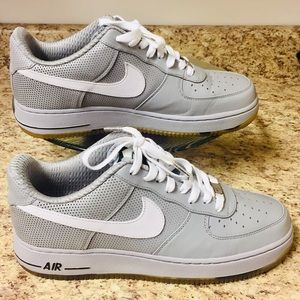 Nike Air Force 1 Retro Low QS Size(9)